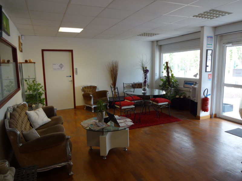 Vente local commercial Sorgues 945 000€ - Photo 3
