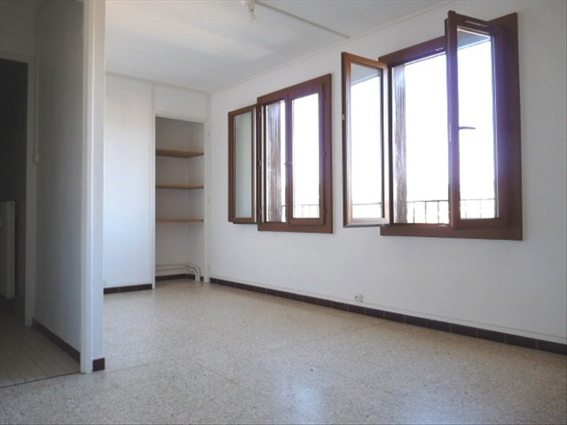 Sale apartment Aix en provence 117 700€ - Picture 2