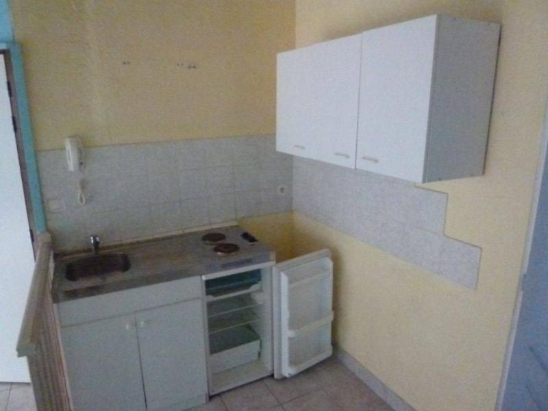 Location appartement Saint-laurent-du-pont 235€ CC - Photo 4