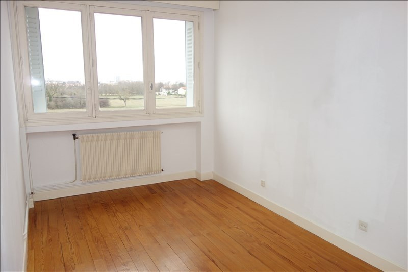 Location appartement Le coteau 460€ CC - Photo 2