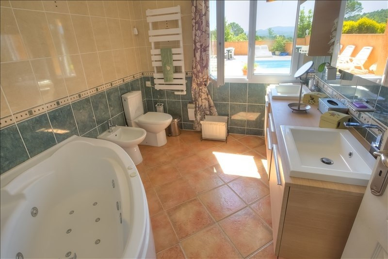Deluxe sale house / villa Brignoles 634400€ - Picture 8