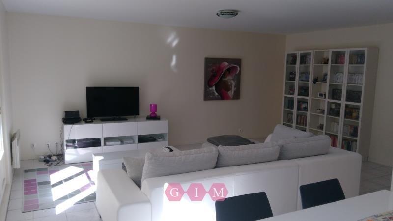 Rental apartment Poissy 1290€ CC - Picture 1