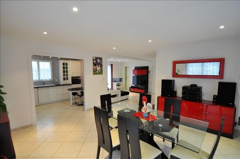 Sale house / villa Vue 262500€ - Picture 3