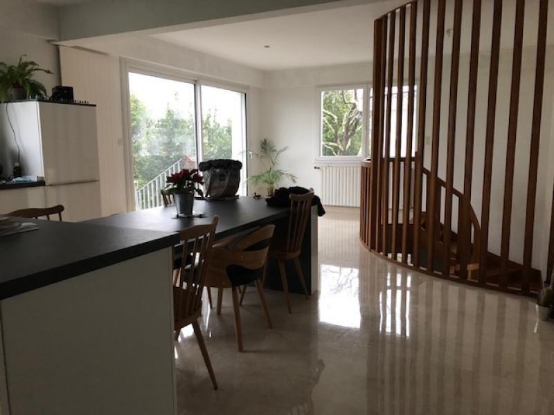Sale house / villa Auray 390350€ - Picture 1