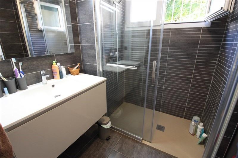 Sale apartment Annecy le vieux 328000€ - Picture 4