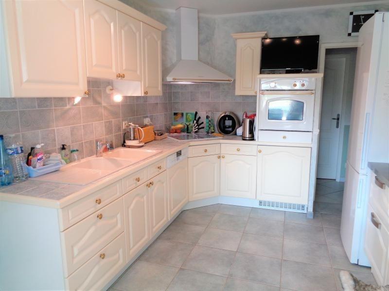 Sale house / villa St ay 325500€ - Picture 6