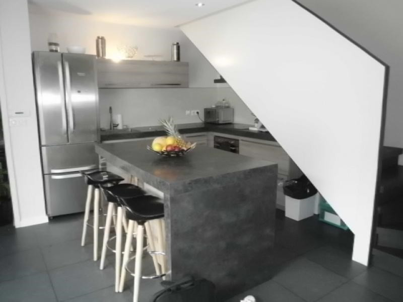 Sale house / villa Pusignan 375000€ - Picture 4