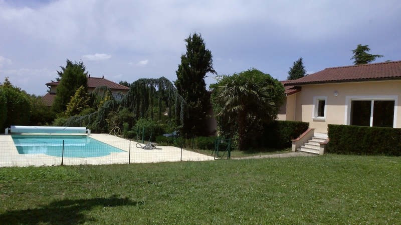 Rental house / villa Genay 2 500€ CC - Picture 1