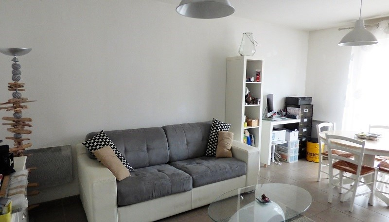 Rental apartment St genis pouilly 923€ CC - Picture 6