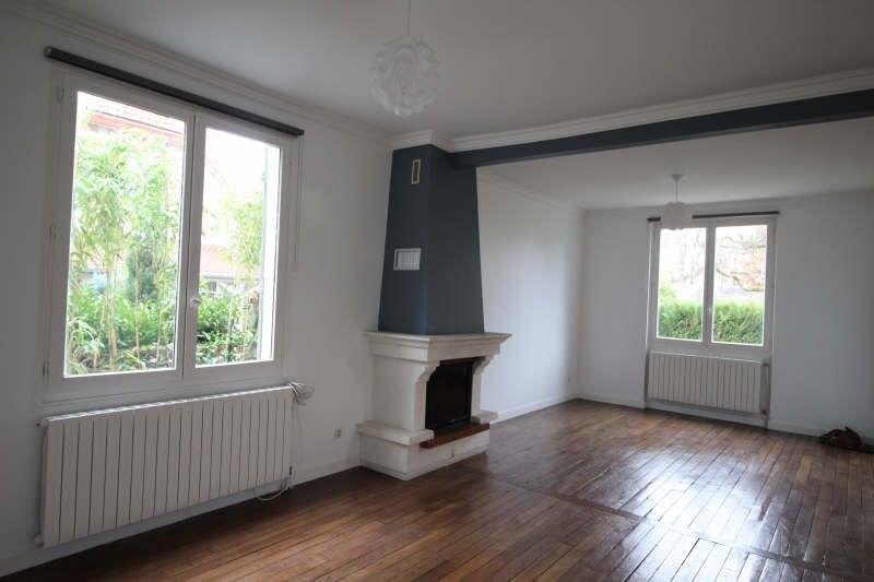 Rental house / villa Le vesinet 2390€ CC - Picture 2