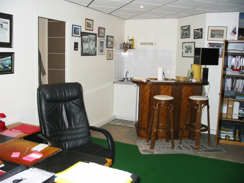 Sale office Saint-michel-sur-orge 159 000€ - Picture 2