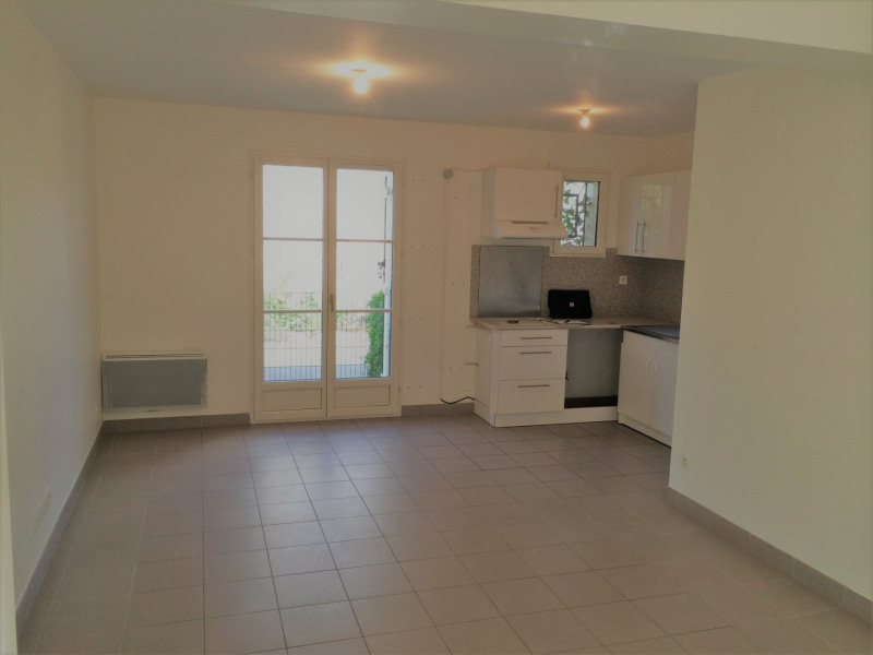 Location appartement Chars 607€ CC - Photo 3