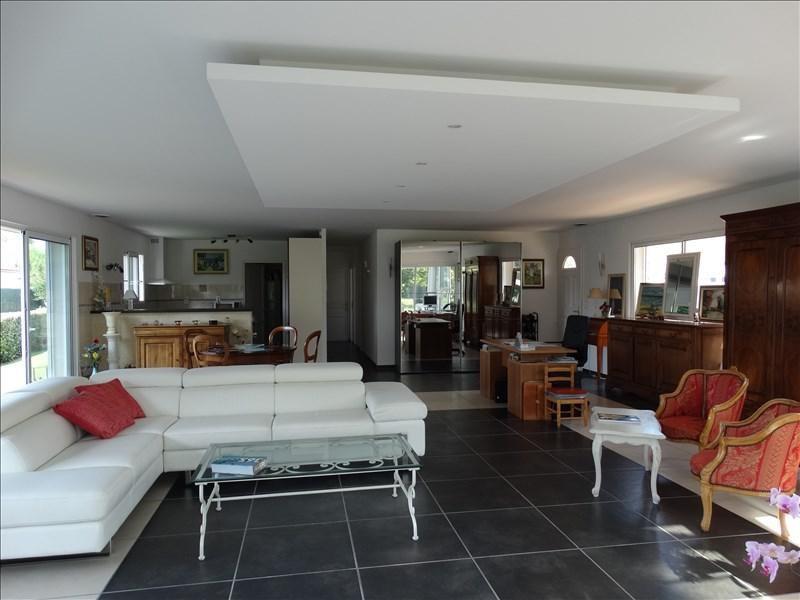 Vente maison / villa Margaux 387000€ - Photo 2