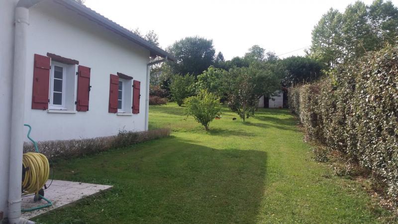 Sale house / villa Saint-pée-sur-nivelle 430000€ - Picture 2