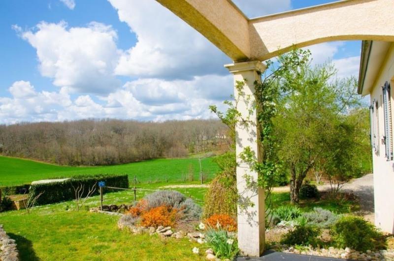 Vente maison / villa Lalinde 296500€ - Photo 2