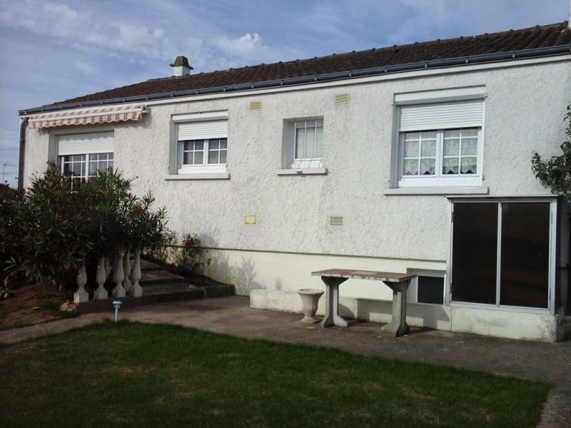 Sale house / villa Le longeron 150000€ - Picture 1
