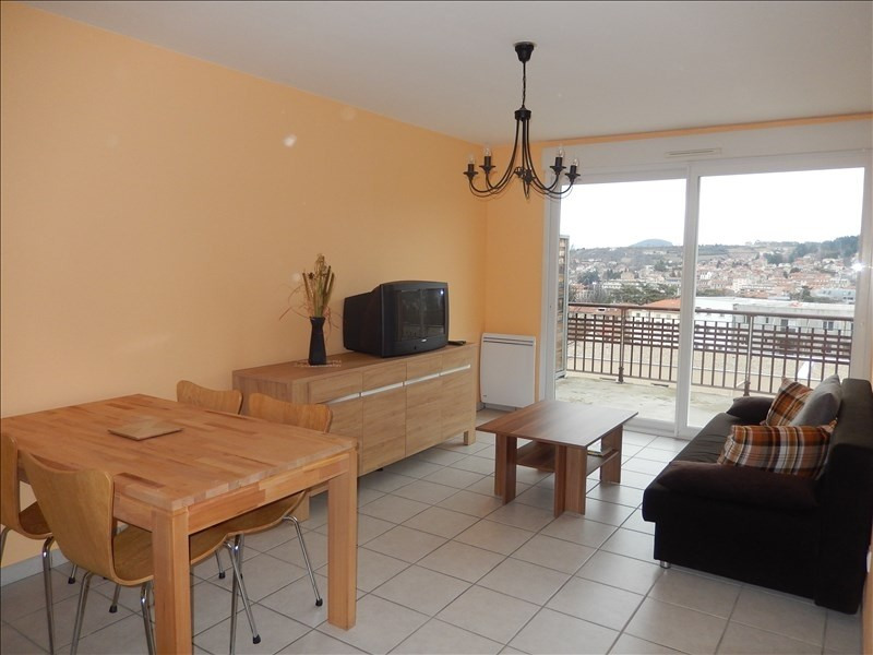 Rental apartment Le puy en velay 591,79€ CC - Picture 1