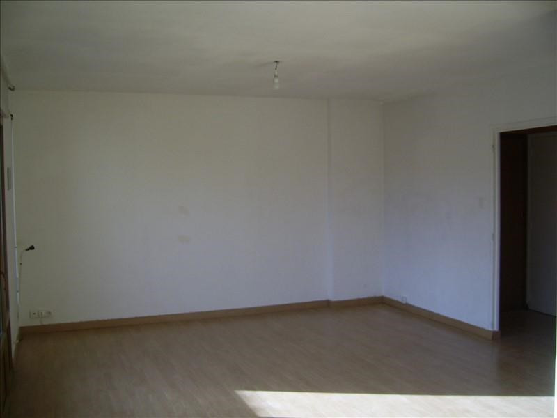 Location appartement Nimes gare 530€ CC - Photo 3