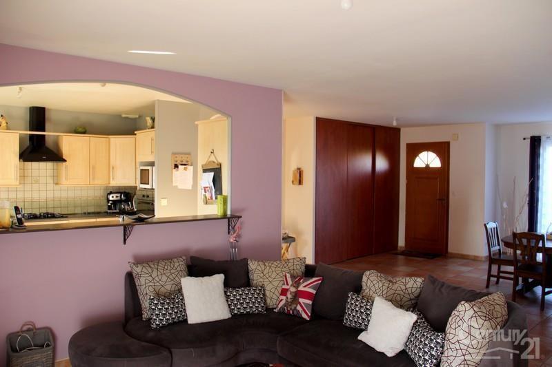 Vente maison / villa St etienne du bois 229000€ - Photo 5