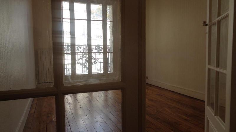 Location appartement Paris 15ème 2395€ CC - Photo 5