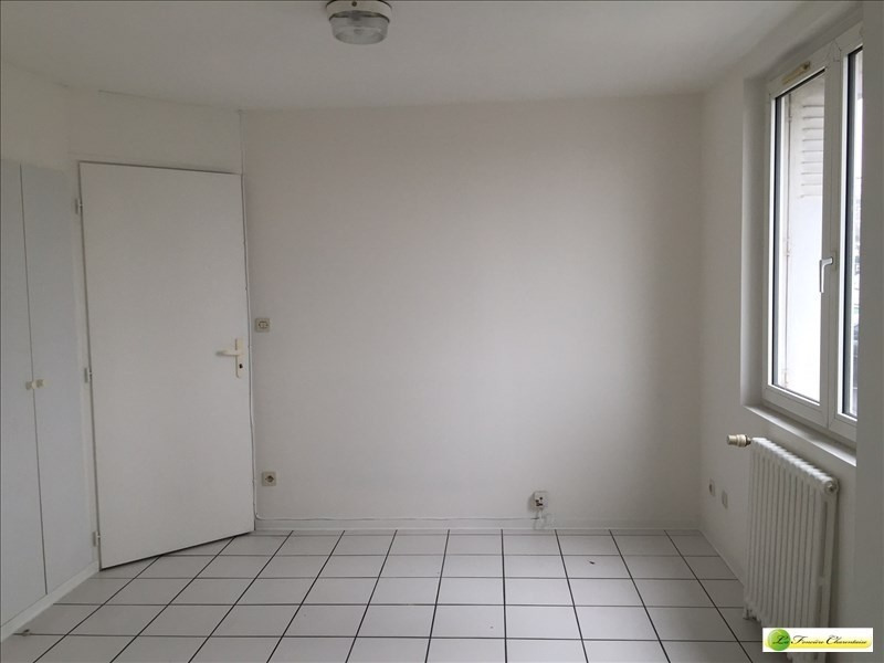 Rental apartment Angouleme 405€ CC - Picture 2