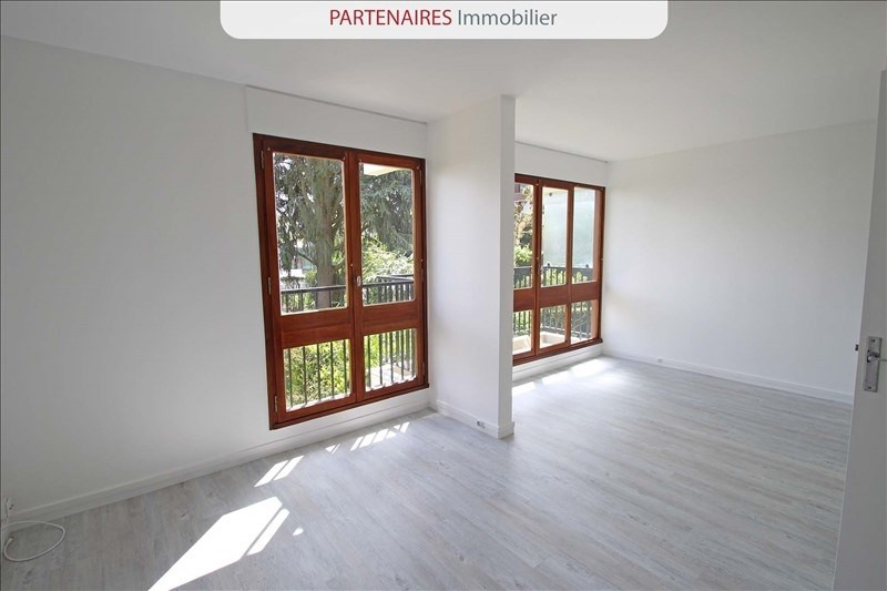 Location appartement Le chesnay 667€ CC - Photo 3