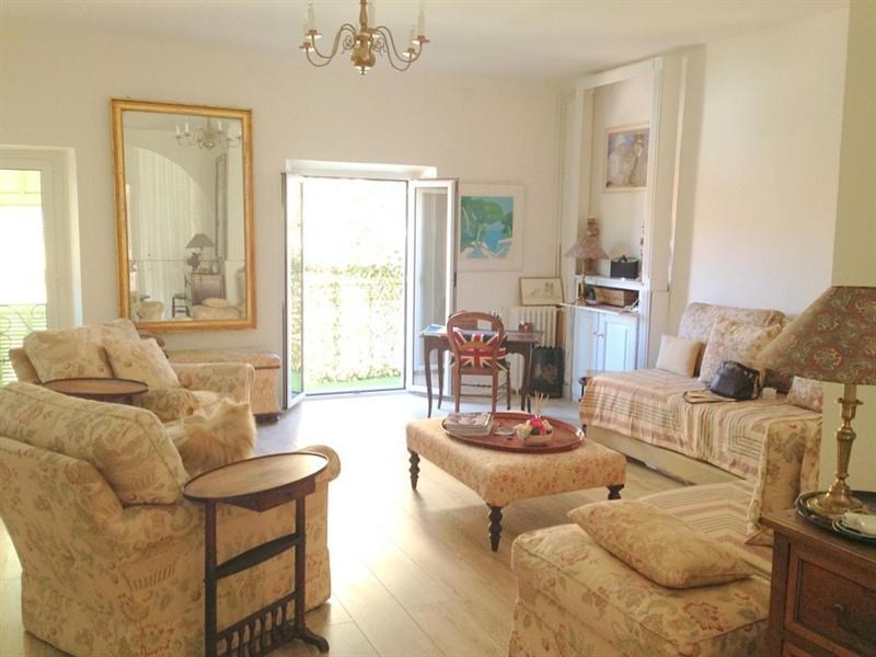 Sale apartment Nice 320 000€ - Picture 2