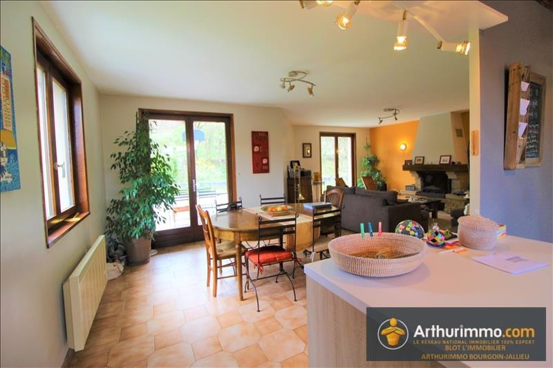 Vente maison / villa Bourgoin jallieu 262 000€ - Photo 4