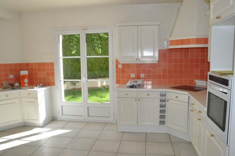 Rental house / villa St nom la breteche 3200€ CC - Picture 3