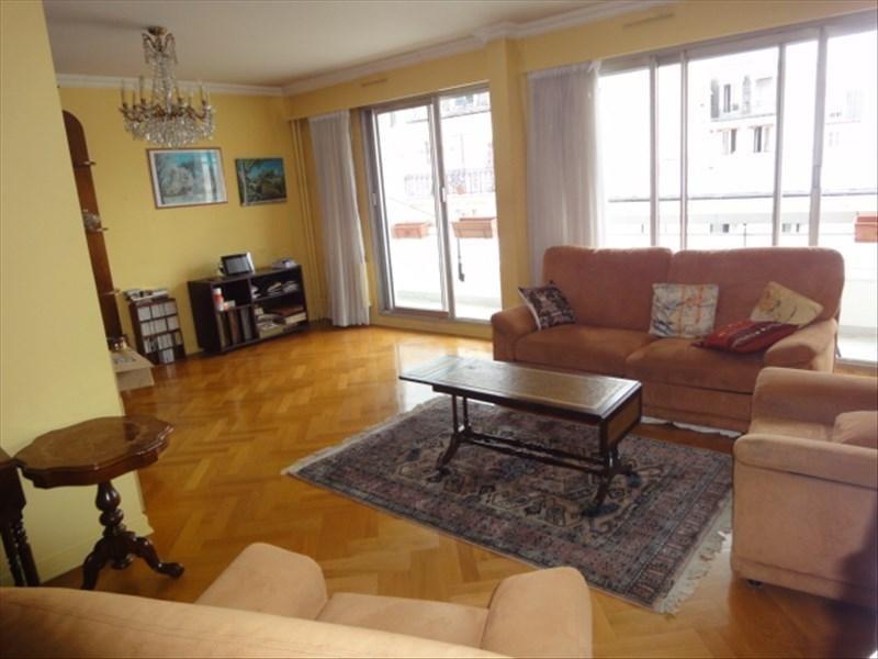 Sale apartment Paris 19ème 790000€ - Picture 1