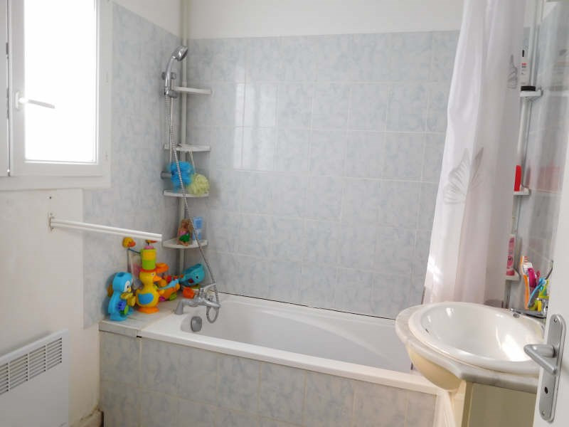 Rental house / villa St andre de cubzac 783€ CC - Picture 1