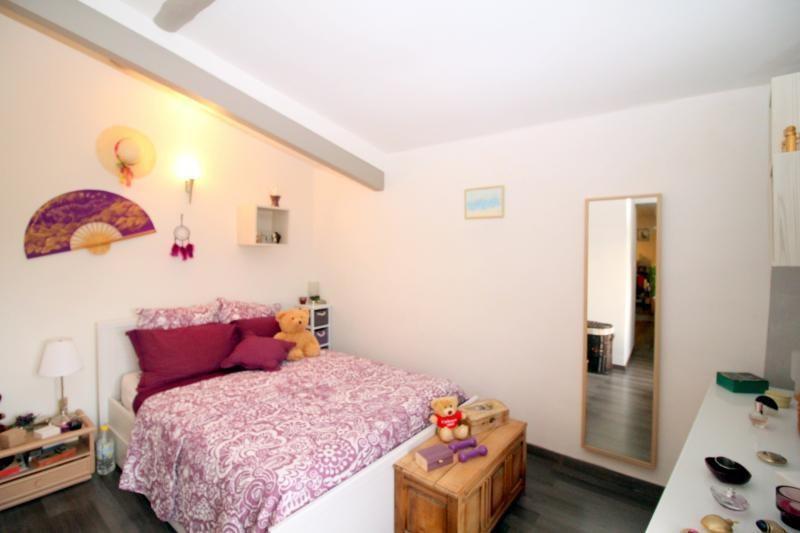 Vendita appartamento Salon de provence 177000€ - Fotografia 4