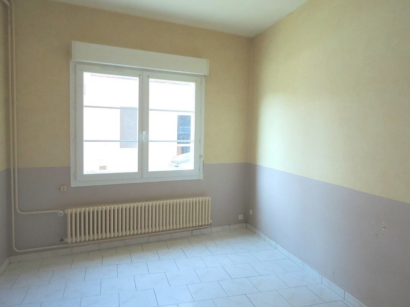 Rental apartment Livarot 321€ CC - Picture 4