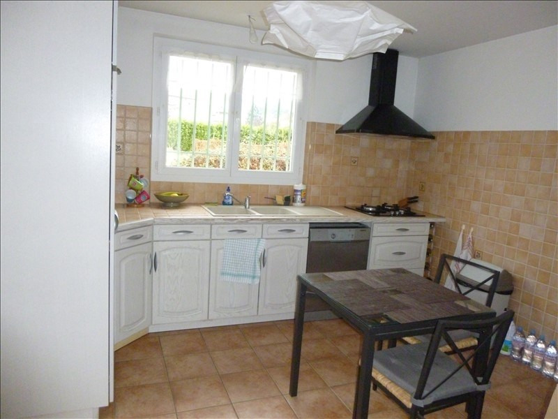 Rental house / villa Manosque 838€ CC - Picture 4