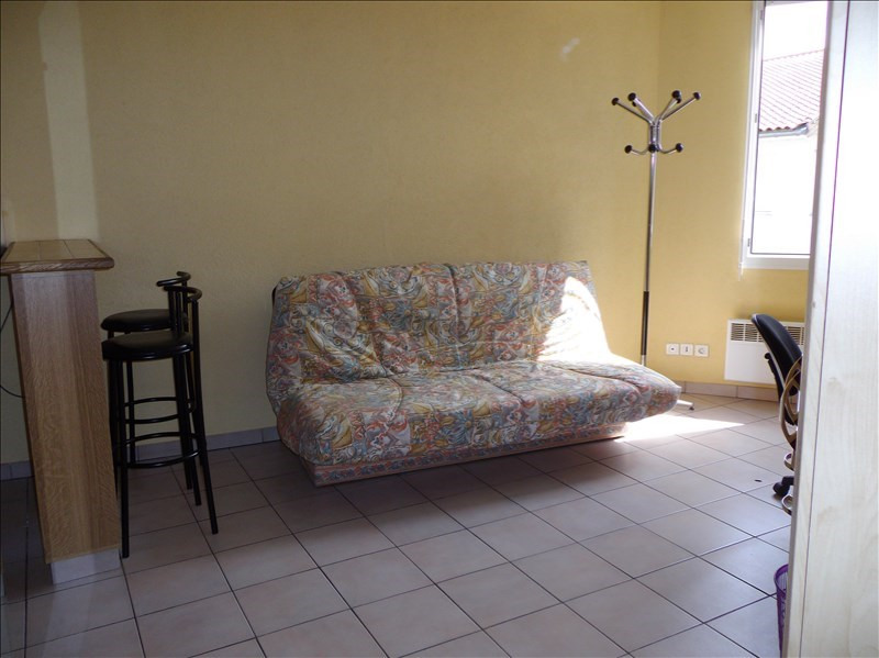 Location appartement 69100 440€ CC - Photo 5