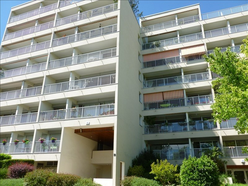 Rental apartment Marly le roi 1 200€ CC - Picture 1