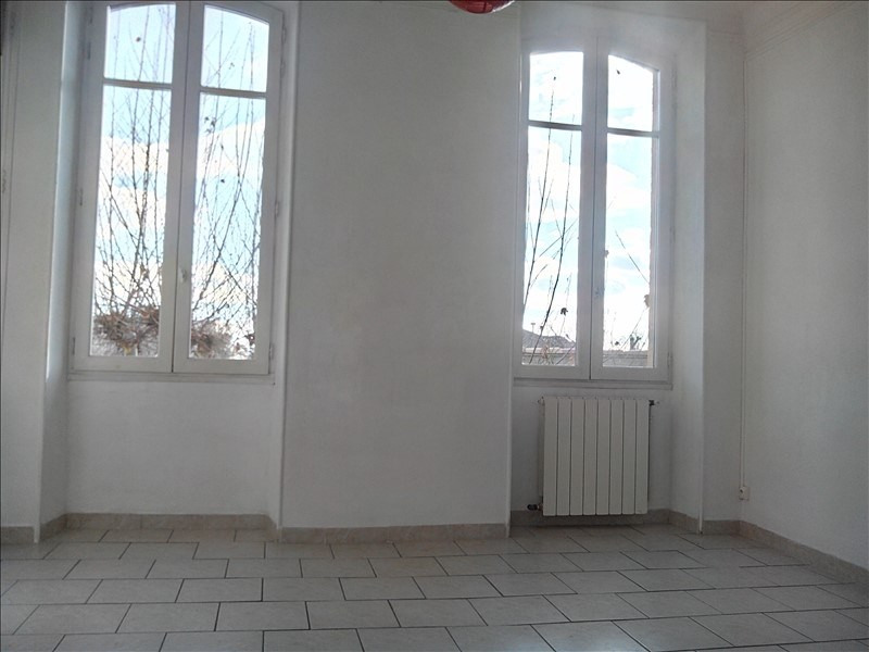 Vente appartement Salon de provence 190 000€ - Photo 1