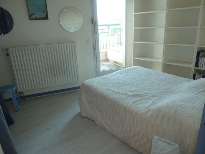 Rental apartment Courbevoie 4 200€ CC - Picture 10