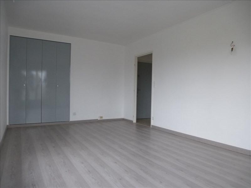 Rental apartment Rambouillet 765€ CC - Picture 2