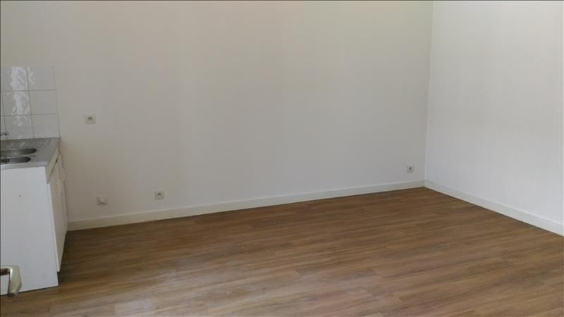 Rental apartment Esse 330€ CC - Picture 2