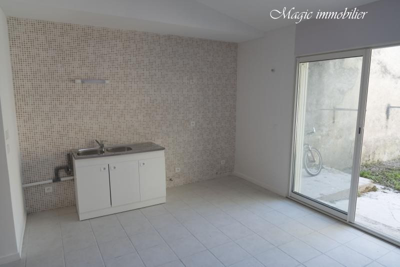 Location appartement Nantua 307€ CC - Photo 4