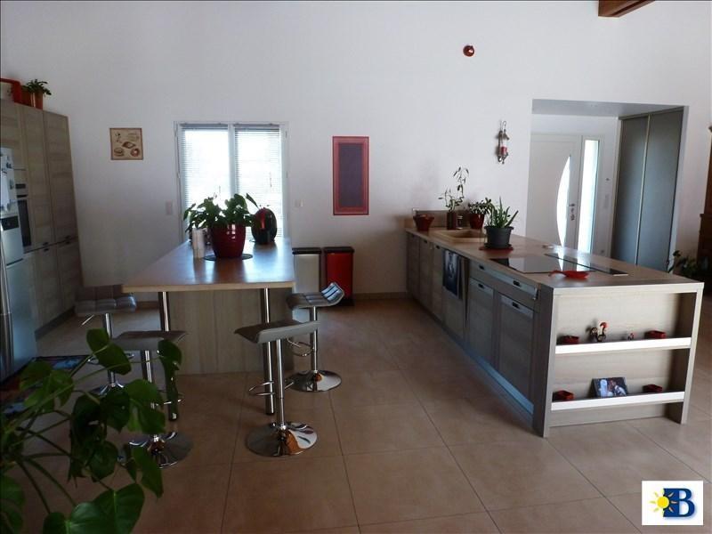 Vente maison / villa Dange st romain 397100€ - Photo 6