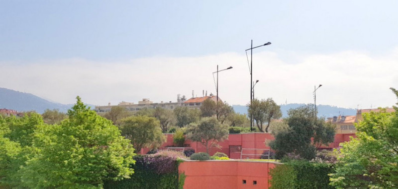 Sale apartment Nice 245 000€ - Picture 2