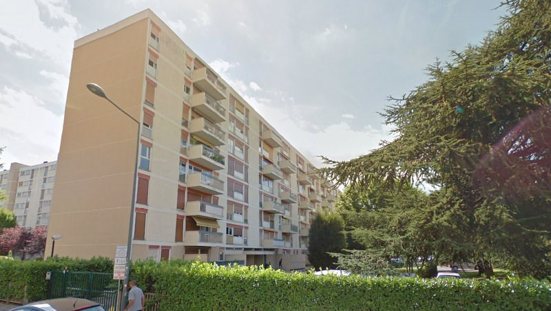 Rental apartment Villeurbanne 736€ CC - Picture 2