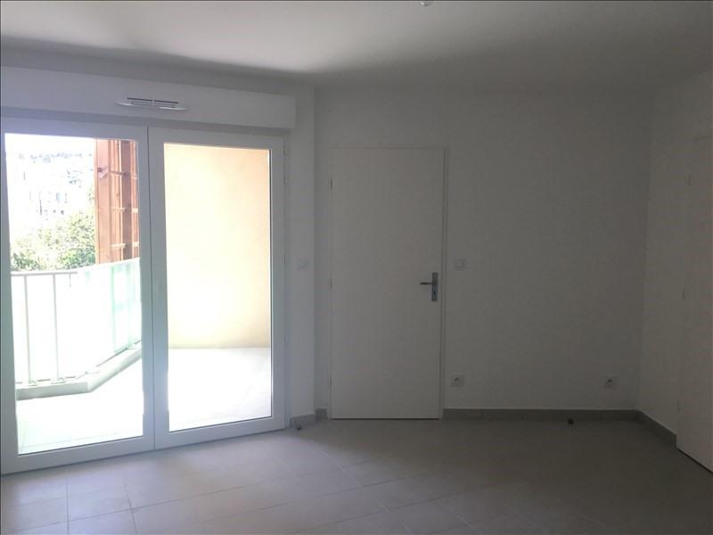 Location appartement Toulon 592€ CC - Photo 4