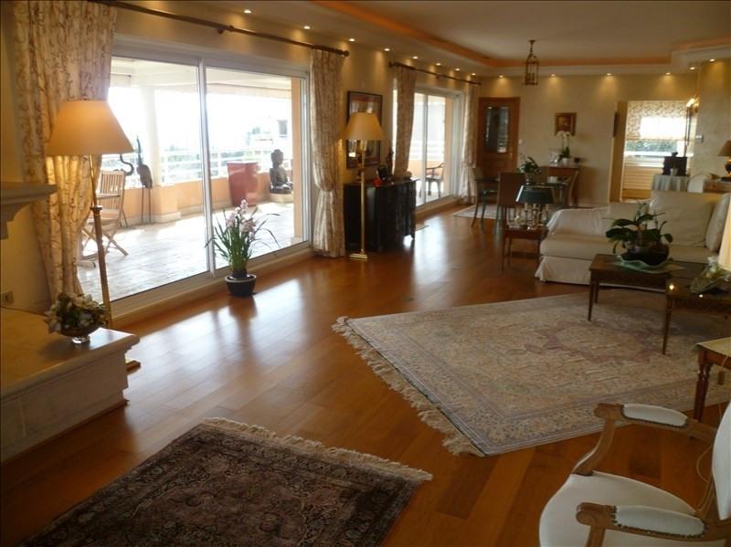 Vente de prestige appartement Grasse 990000€ - Photo 2