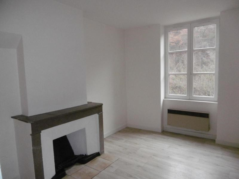 Location appartement Sain bel 559€ CC - Photo 5