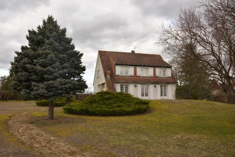 Chassy (proximité Auxerre et Joigny), maison type 7 pièces