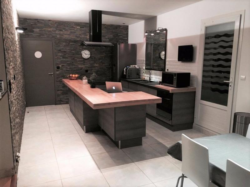 Sale house / villa Breuillet 520800€ - Picture 4