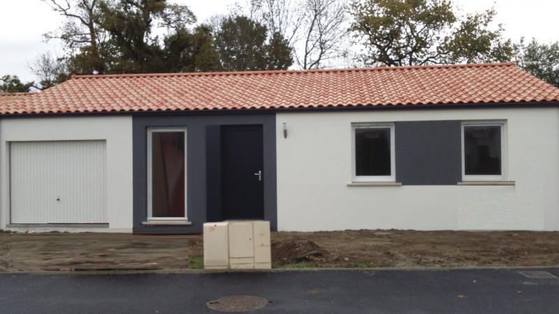 Maison  4 pièces + Terrain 400 m² Vieillevigne par Maisons Phénix Thouaré